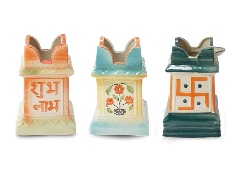 Tulsi Shaped Pot Front View by the best online nursery shop Greendecor.